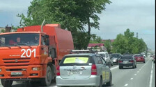 Пылесос собрал пробку на улице Ленина в Южно-Сахалинске