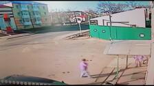 Сахалинец врезался в ворота магазина в Поронайске